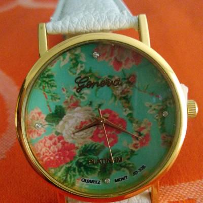 orologio donna geneva fiori verde e cinturino bianco
